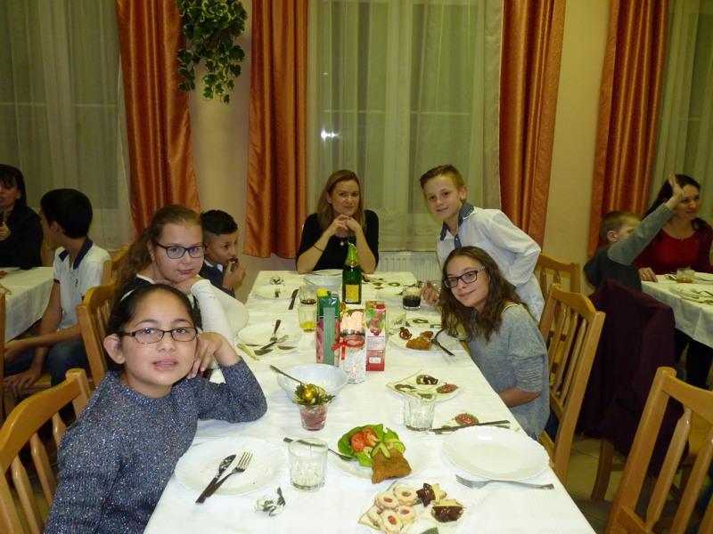 Karácsonyi_vacsora_iskola#_0002