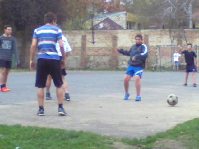 tanár-diák foci6.jpg